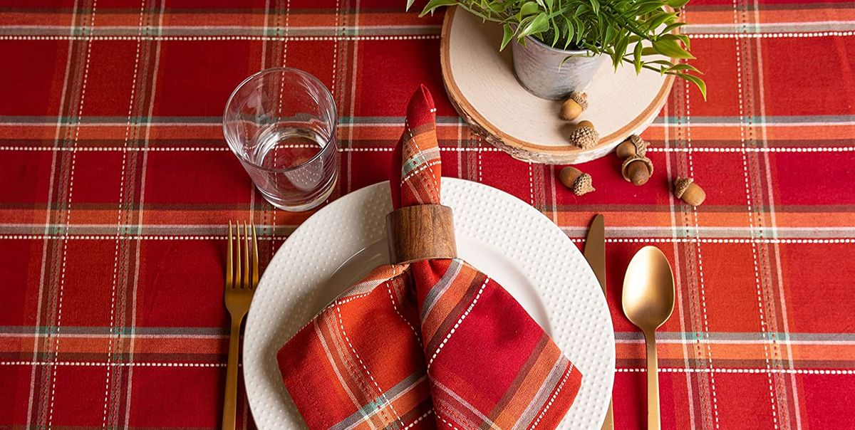 16 Best Thanksgiving Tablecloths Stylish Fall Tablecloths And Runners