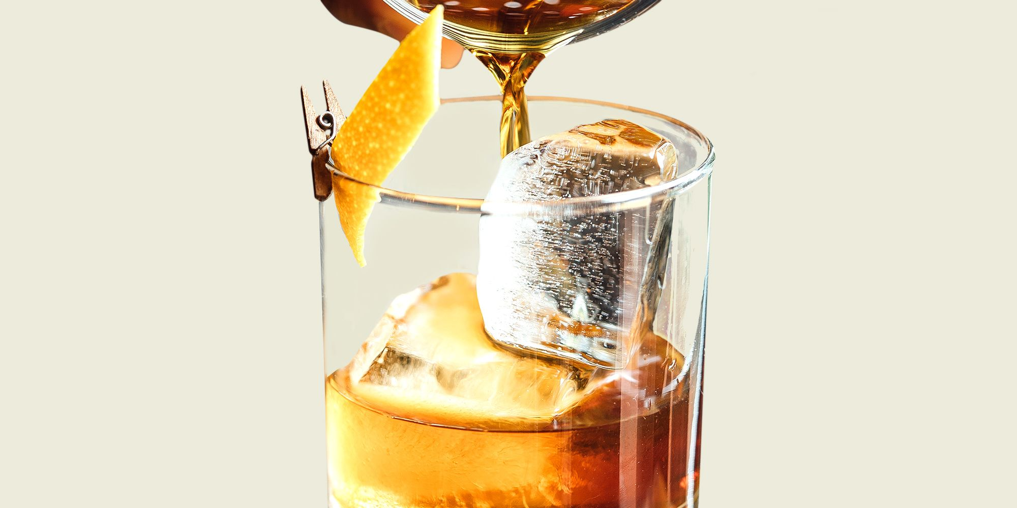 The 15 Best Cocktails to Enjoy This (and Every) Fall