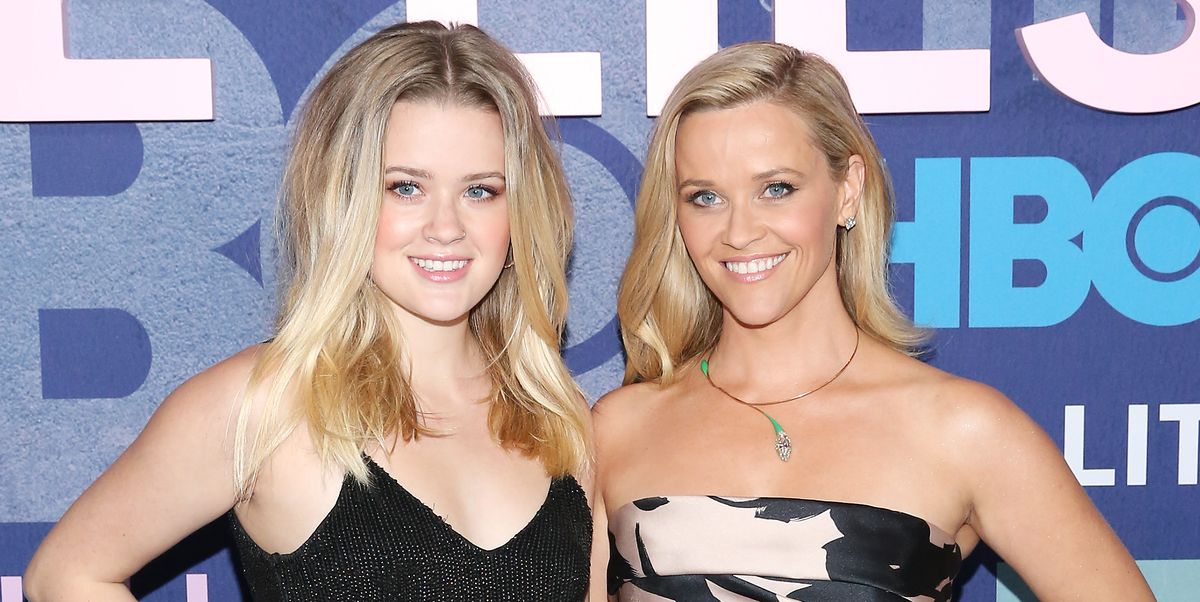 Reese Witherspoon and Her Daughter Look Like Sisters in This New Vacation Photo