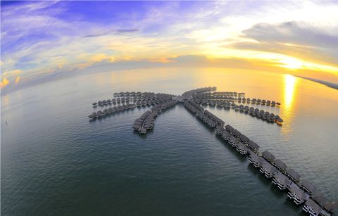 Sky, Water, Water resources, Horizon, Aerial photography, Fixed link, Pier, Sea, Reflection, Breakwater,
