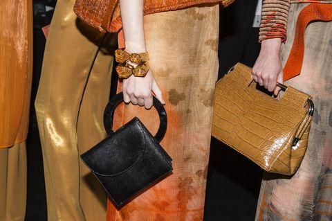 Brown, Bag, Textile, Style, Tan, Leather, Shoulder bag, Fashion, Khaki, Beige,