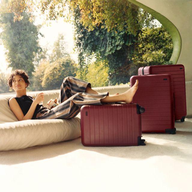 away luggage brick