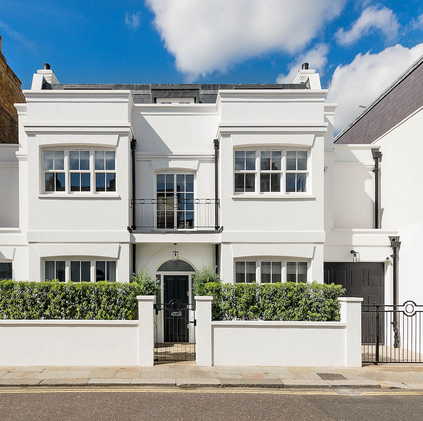 Wonderful family home with spectacular gardens for sale in Chelsea