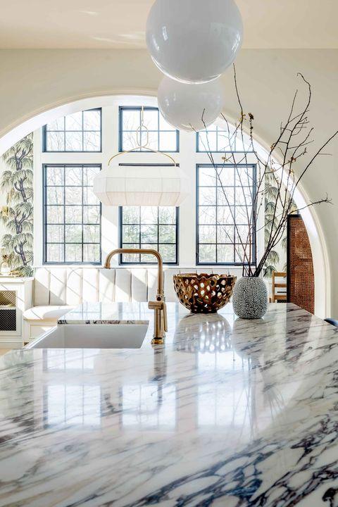 Floor, Room, Property, Tile, Interior design, Flooring, Furniture, Ceiling, Building, Home,