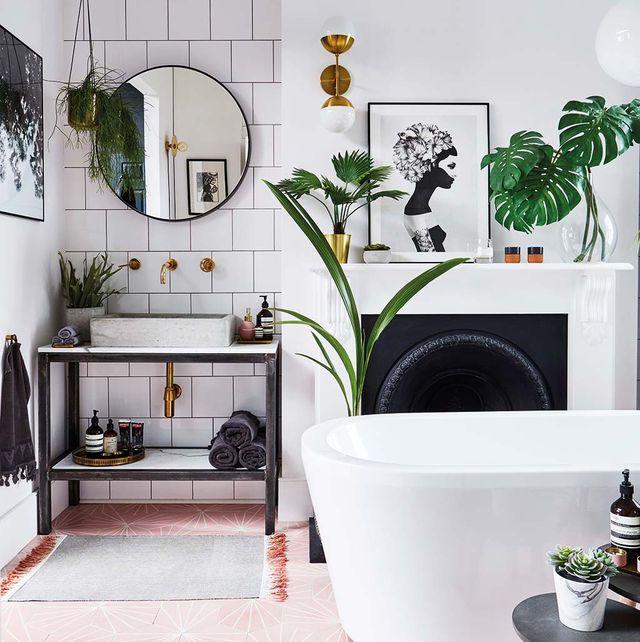 bañera, azulejos y materiales para baño