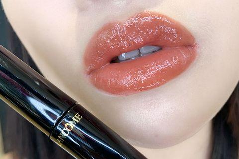 Lip, Face, Cheek, Pink, Lip gloss, Cosmetics, Skin, Lipstick, Eyebrow, Red,
