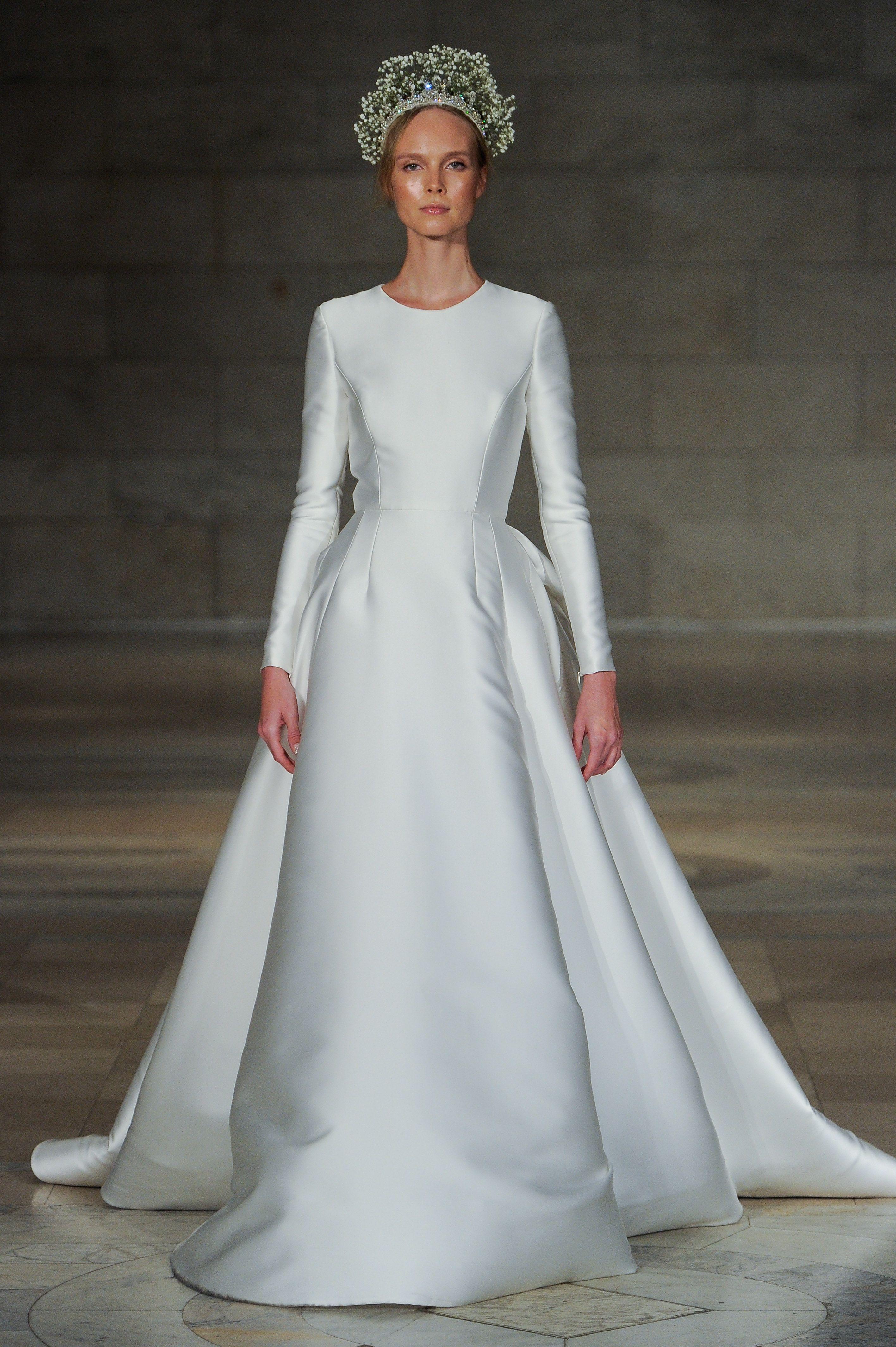 25 Simple Wedding Dresses From Fall 2018 Bridal Week