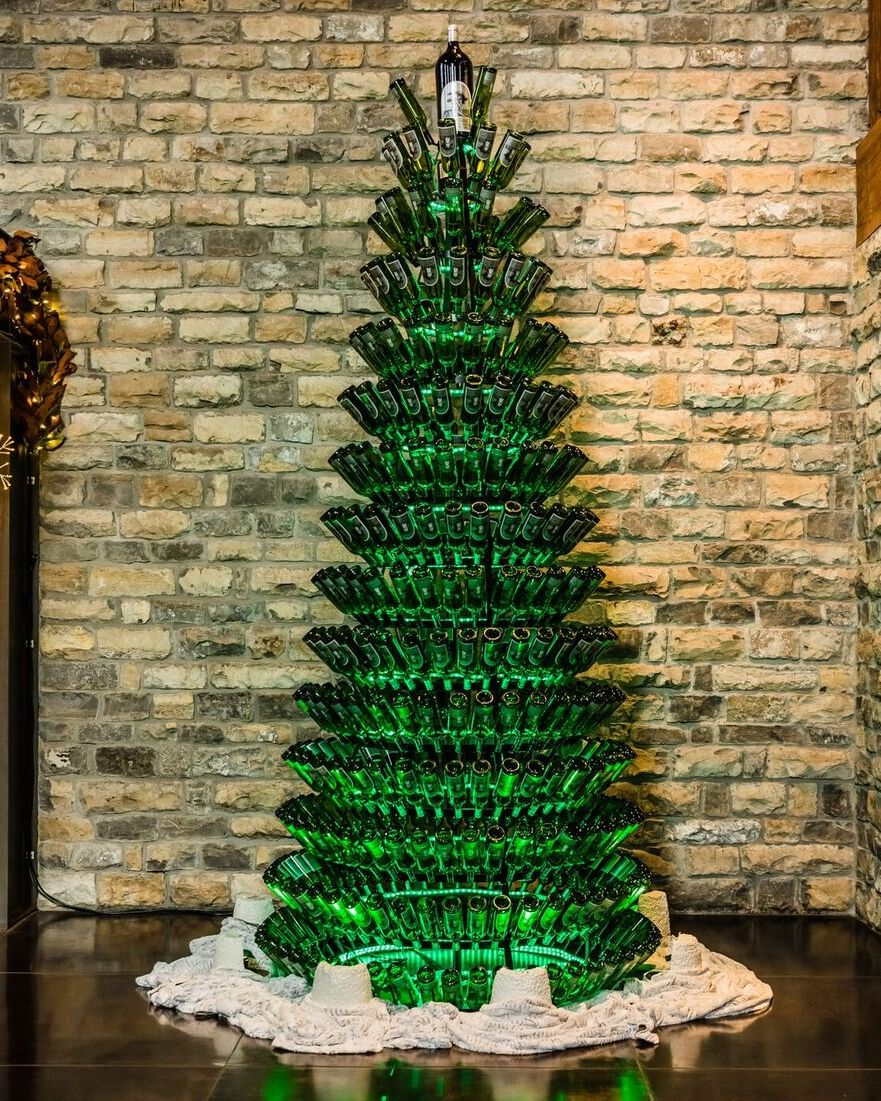 You Have To See This Amazing Tree Made Out Of Wine Bottles