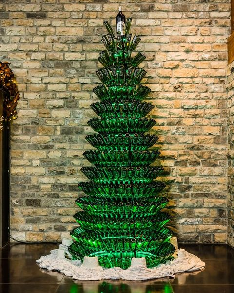 Christmas tree, Green, Tree, Christmas decoration, Architecture, Christmas, Woody plant, Christmas ornament, Plant, Evergreen,