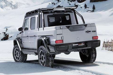 Land vehicle, Vehicle, Car, Automotive tire, Tire, Off-road vehicle, Rim, Automotive exterior, Snow, Wheel,