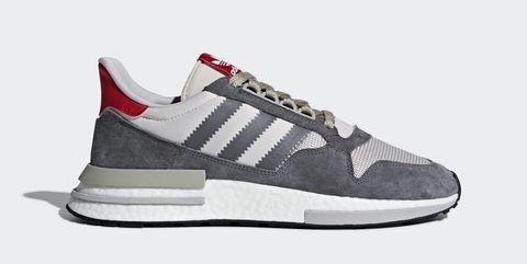 2510428ddea68f Ook deze week zijn er weer een aantal interessante sneaker drops te  verwachten. Tussen het geweld van de zomer en end-of-season uitverkopen  heeft Sneakers4u ...