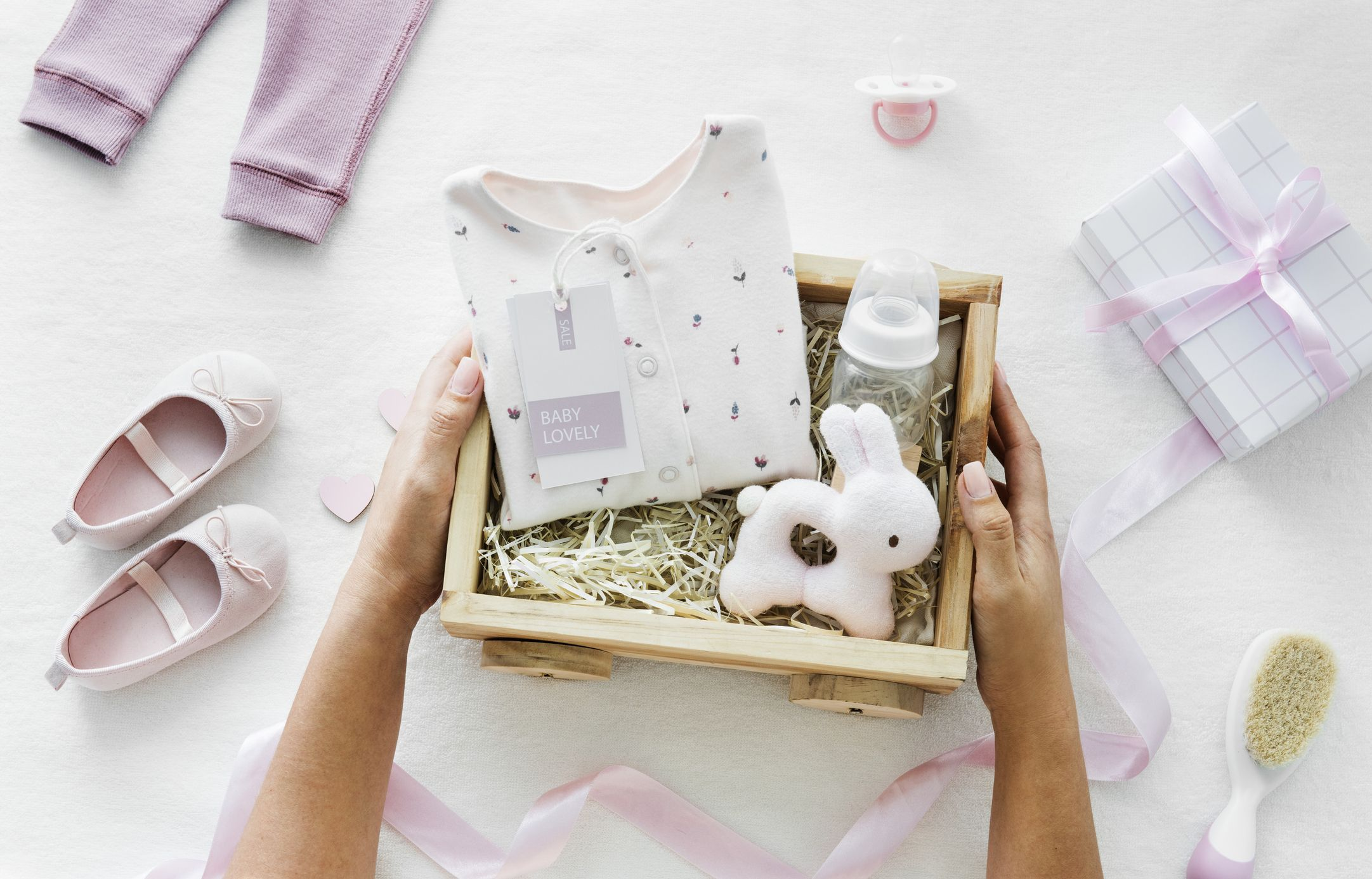 Medium Size Gift Bag for New Baby Baby Gift Bag Perfect Gift Bag for New Baby Girl or Boy Gift Bag Medium Gift Bag Baby Presents Teddy Bear New Baby