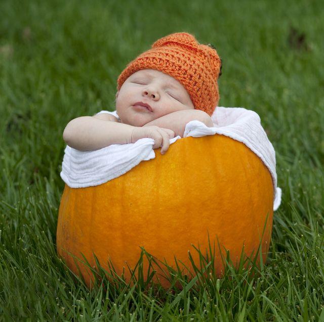 Baby Halloween Pumpkin.22 Baby In Pumpkin Pictures Cute Photos Of Babies In Pumpkins