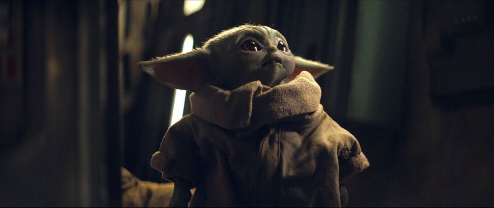 This <em>Star Wars</em> Fan Theory Suggests Palpatine Kidnapped Baby Yoda