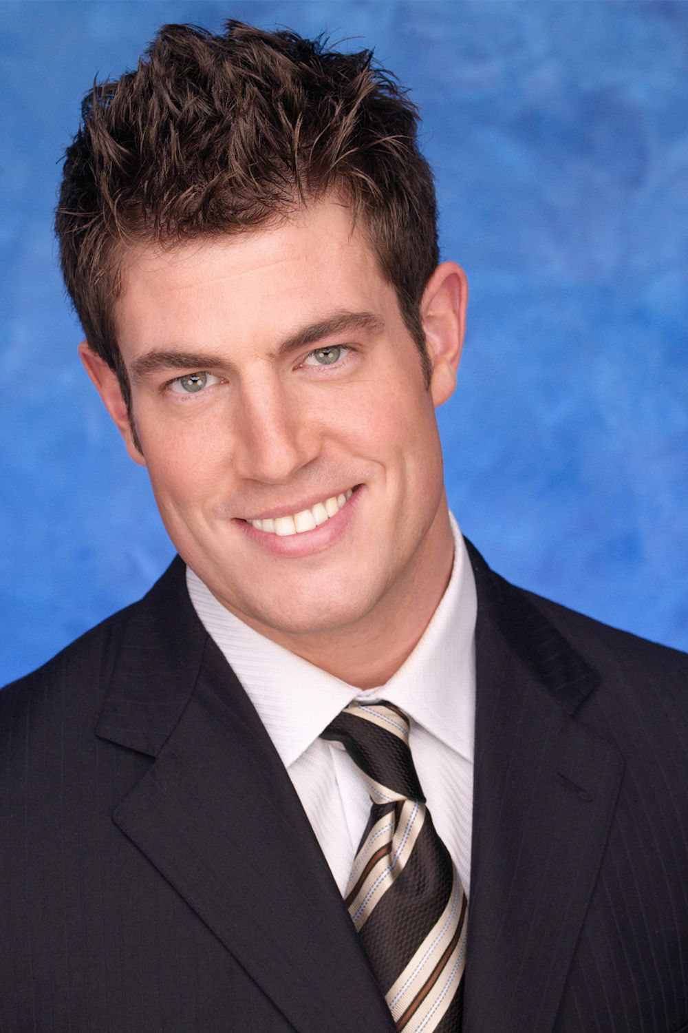 Jesse Palmer ('The Bachelor' Season 5) Every time I watch T he Bachelor , I'm amazed at how they learn the contestants' names so damn fast (shout out to the producers, who I'm sure quiz the bachelors and bachelorettes like crazy). That's why I kinda feel for Jesse Palmer—the New York Giants quarterback who searched for love on season five.