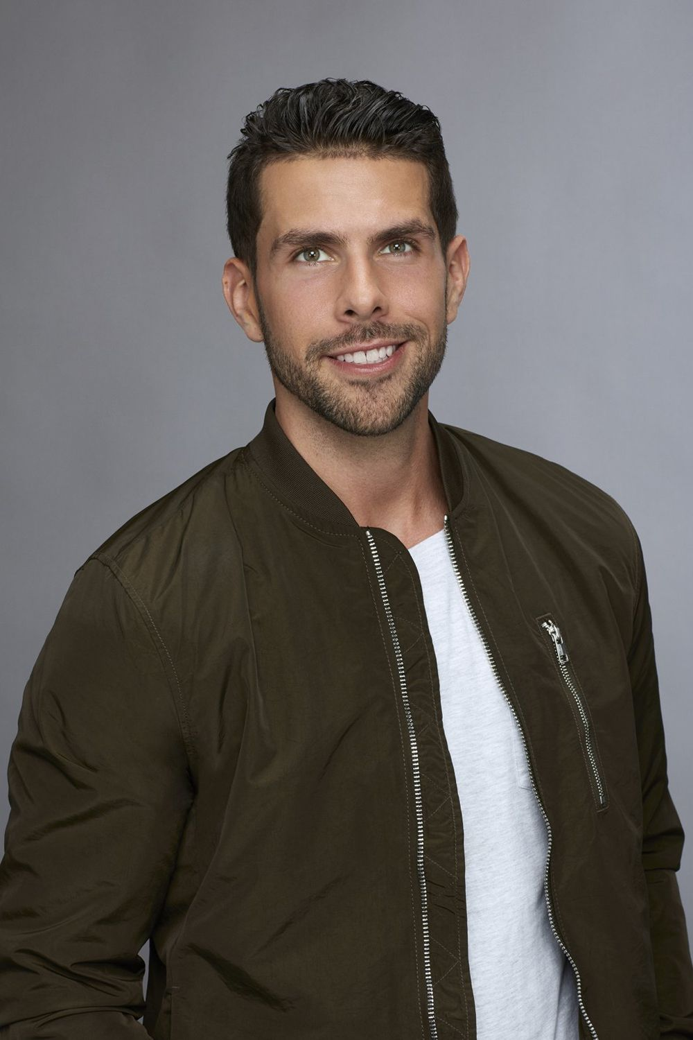 Chris Randone ('The Bachelorette' Season 14) Watching the downfall of Chris Randone on The Bachelorette season 14 was honestly kind of sad. After forming a fairly solid connection with bachelorette Becca Kufrin, Chris got totally in his head and made some enemies in the house.