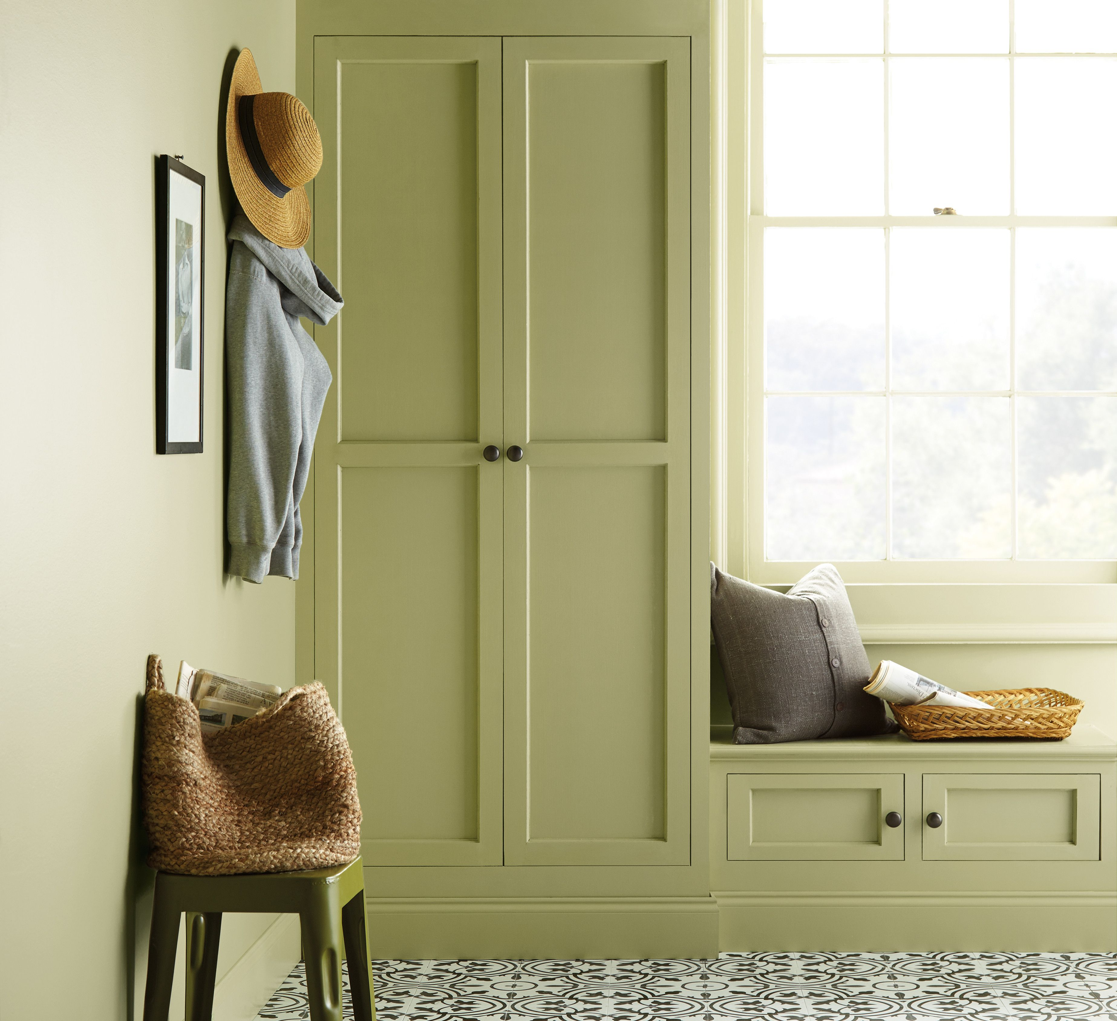 Behr Paint S 2020 Color Of The Year Is Back To Nature Green 2020 Paint Color Trends