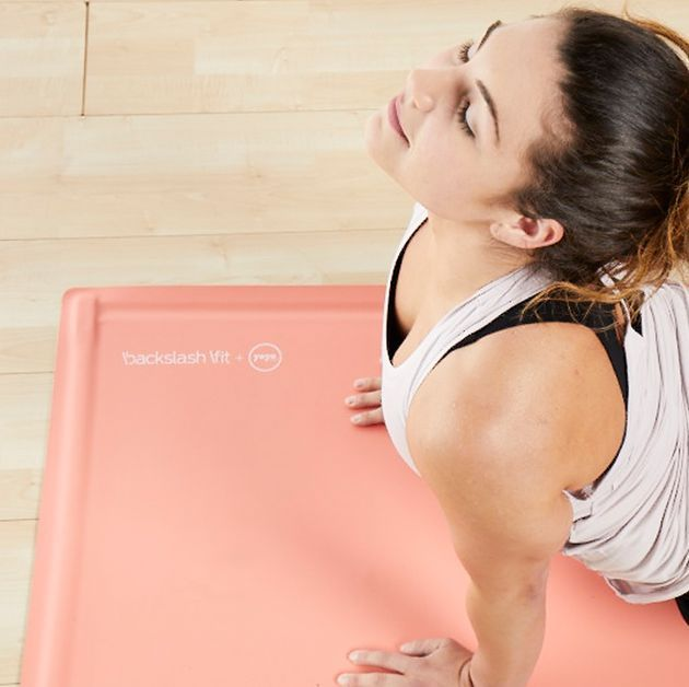 This Game-Changing Yoga Mat Rolls Itself Up