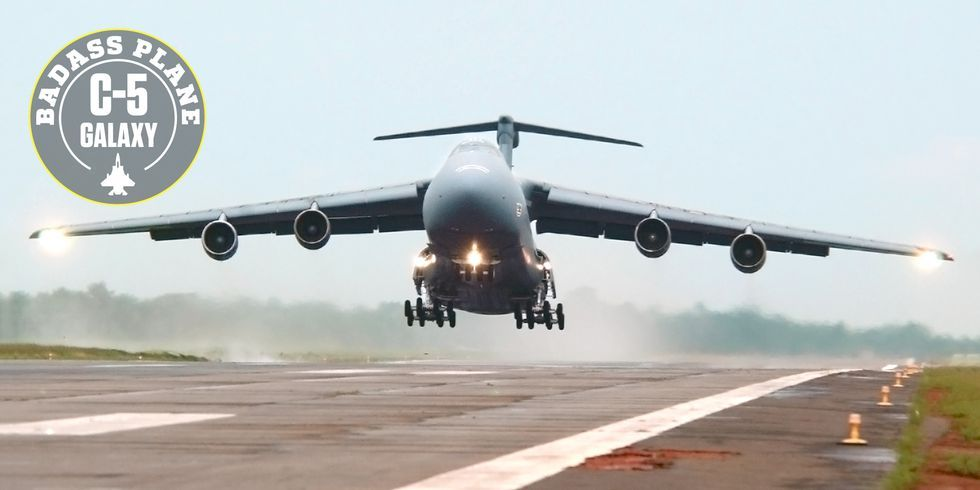 Why the C-5 Galaxy Is Such a Badass Plane
