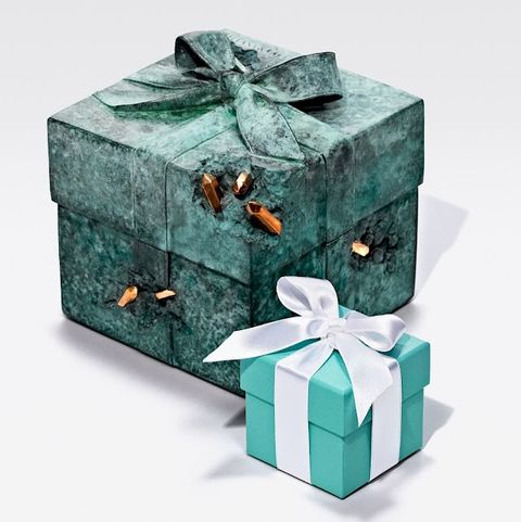 tiffany小藍盒被藝術家daniel arsham改造成雕塑品