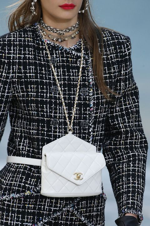 Chanel : Details - Paris Fashion Week Womenswear Spring/Summer 2019