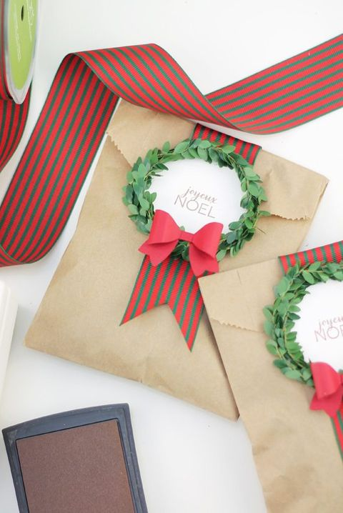 diy wreath bag gift wrap idea - 39 Unique Gift Wrapping Ideas For Christmas - How To Wrap Holiday