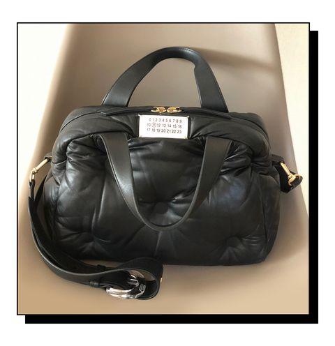 Bag, Handbag, Leather, Fashion accessory, Beauty, Baggage, Hand luggage, Shoulder bag, Brown, Luggage and bags,