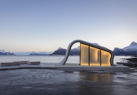Sky, Ice, Architecture, Winter, Sea, Landscape, Sea ice, Arctic, Horizon, Freezing,