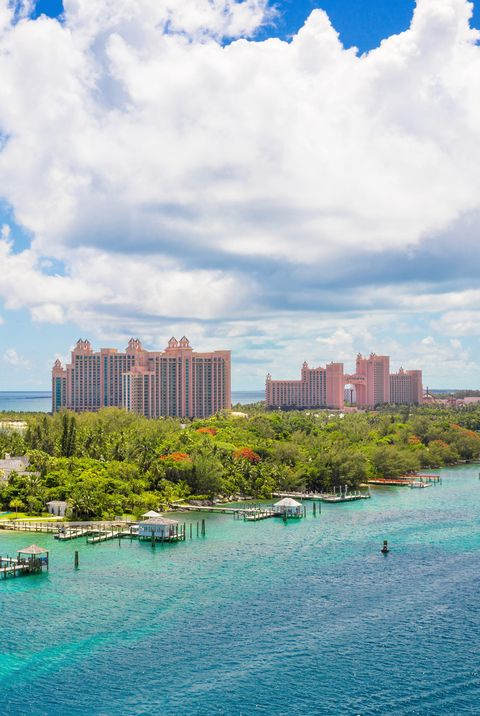 Best Caribbean Resorts for Families - Bahamas tropical beach scenery at Nassau, caribbean.