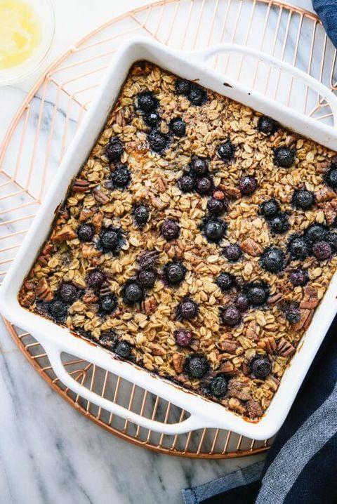 Dish, Food, Cuisine, Ingredient, Dessert, Breakfast, Granola, Crumble, Meal, Snack,