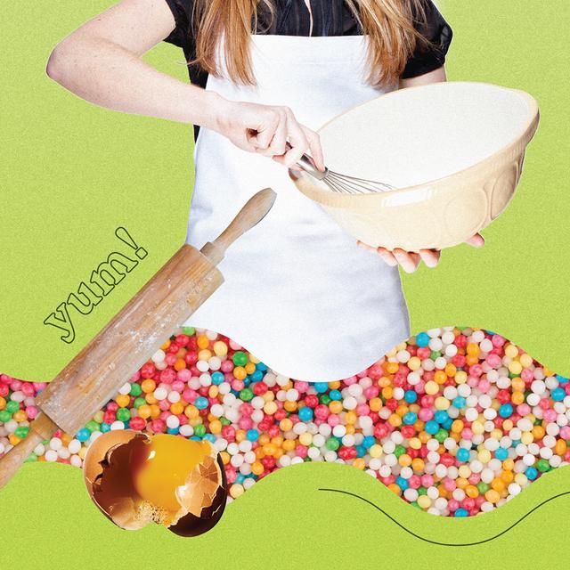 Baking cup, Food, Baking, Dessert, Muffin, Cupcake, Baked goods, Play, Buttercream, Cup,
