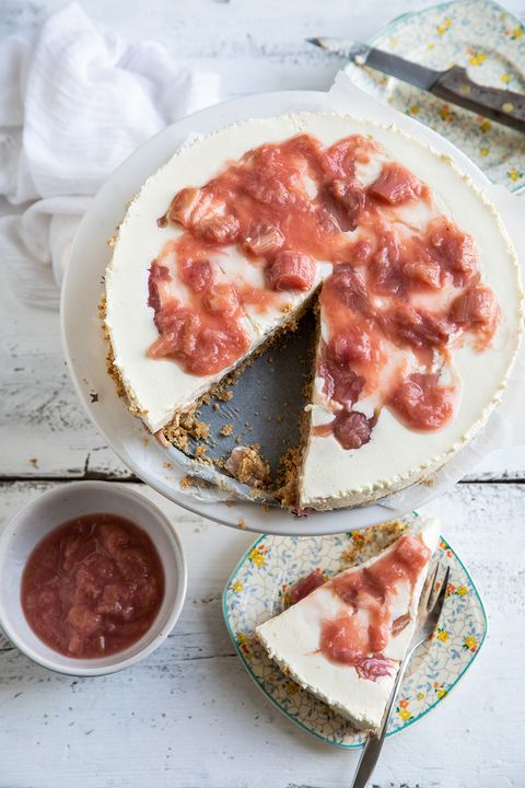 rabarber cheesecake van miljuschka witzenhausen