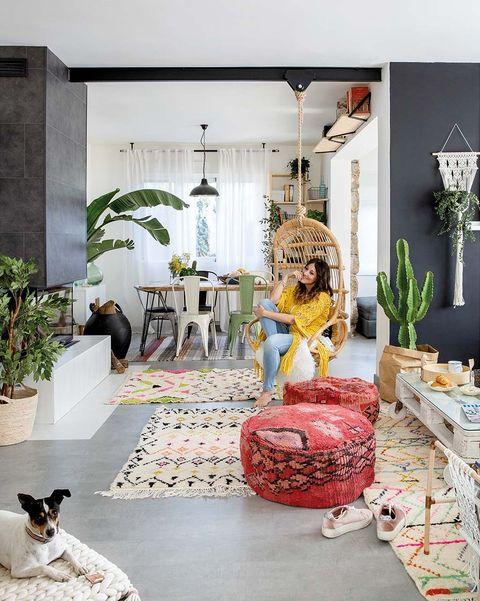 una casa decorada con detalles handmade