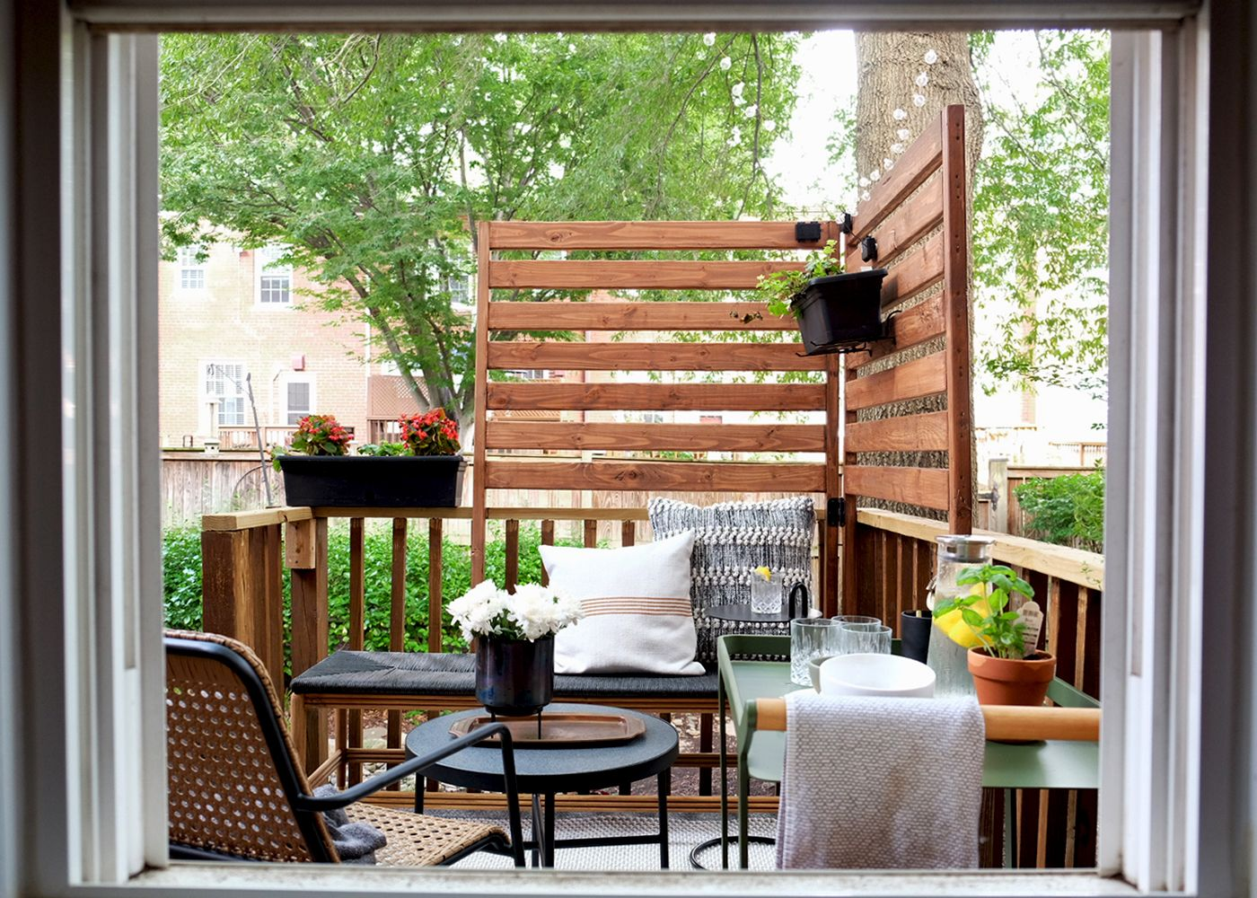 Cool Decorating Ideas for A Stylish Balcony