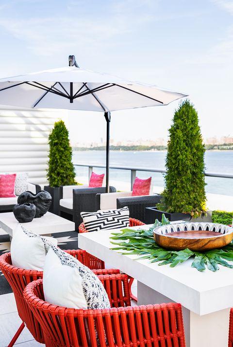 bright balcony decor