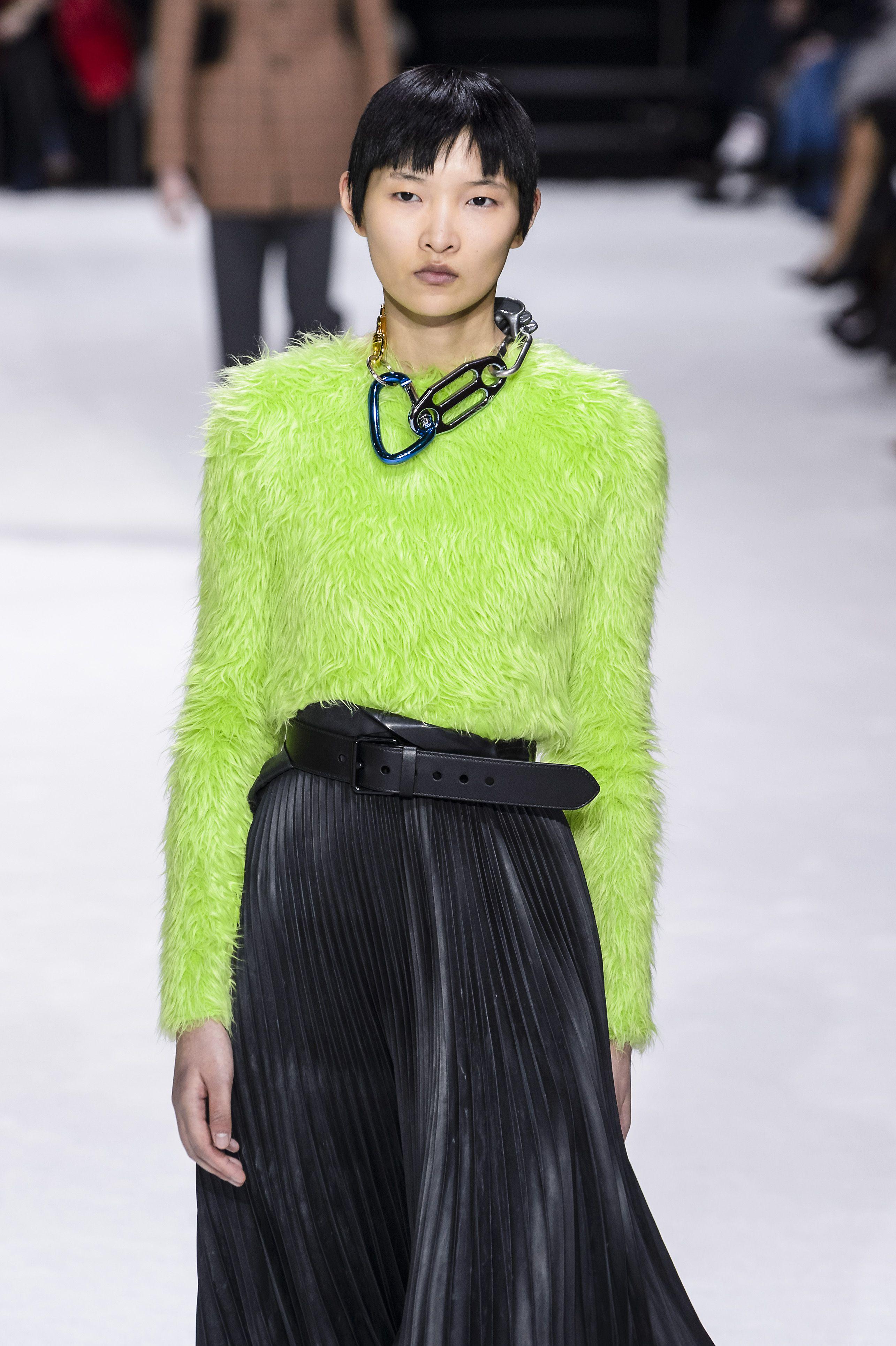 colori neon 2018, colori moda 2018, colori moda 2019, colori di tendenza autunno 2018, come abbinare i colori nell'abbigliamento