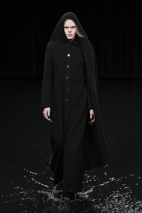 Clothing, Outerwear, Overcoat, Fashion, Coat, Cloak, Mantle, Robe, Abaya, Hood,