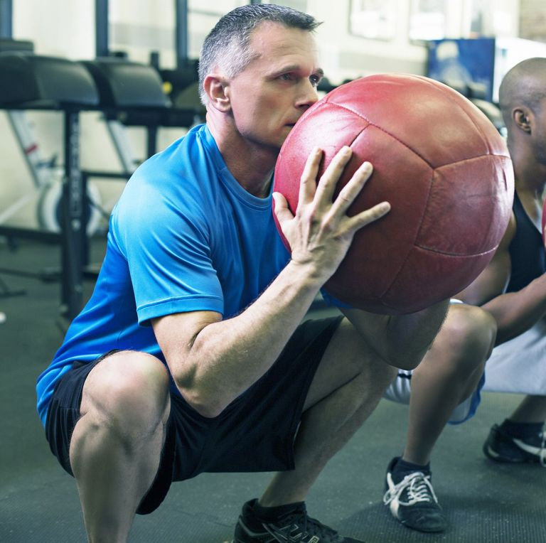 9 Ways for men to lose weight after age 50