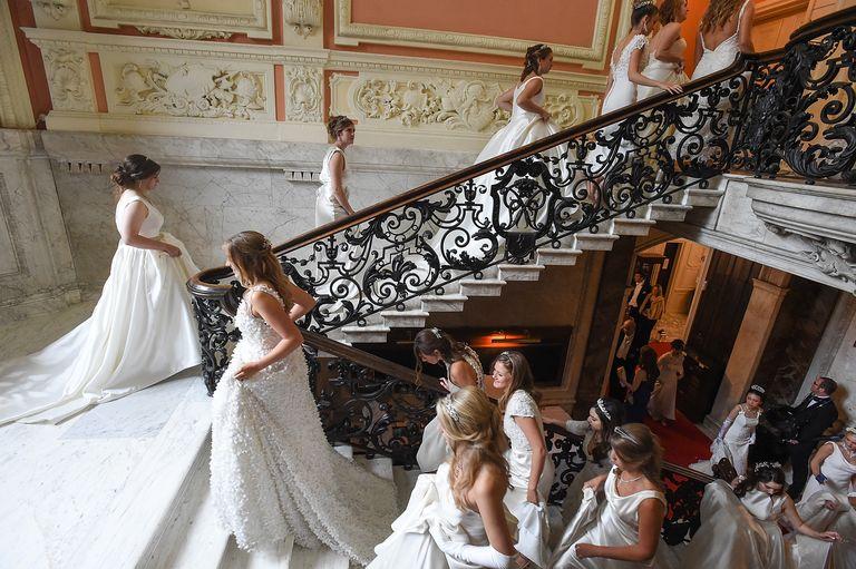 Il ballo delle debuttanti e un problema non raccontato