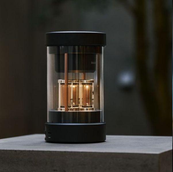 日本家電balmuda新推出絕美藍芽音響!真空燈管立體音效打造迷你劇院聲光效果