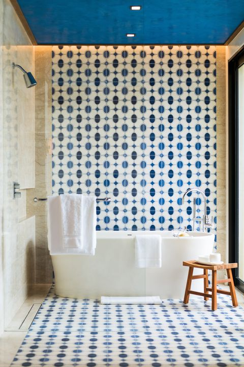 Blue, Tile, Room, Interior design, Bathroom, Wall, Property, Floor, Pattern, Turquoise,