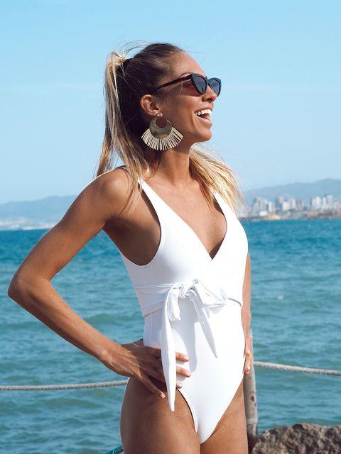 La Firma Espanola Que Hace Banadores Y Bikinis Para Todas Las Tallas Grandes Y Pequenas Se Llama Mar Salada Y Es De Una Famosa Instagramer