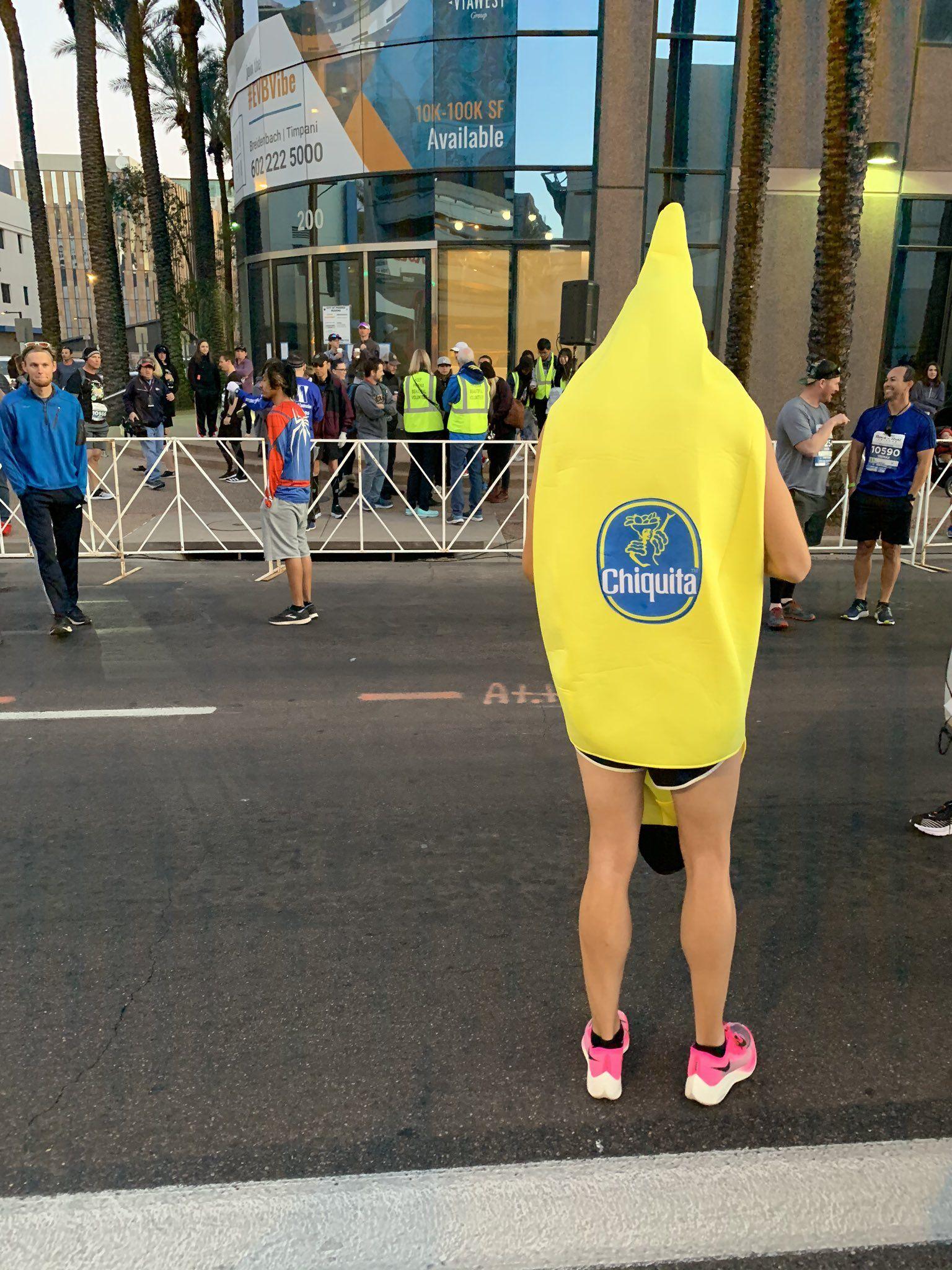 Man runs 2:41 marathon, dressed in a banana suit