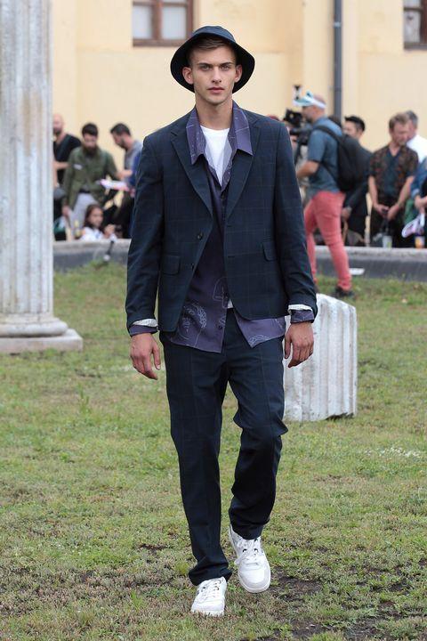 Clothing, Suit, Fashion, Street fashion, Blazer, Outerwear, Formal wear, Footwear, Shoe, Tuxedo,