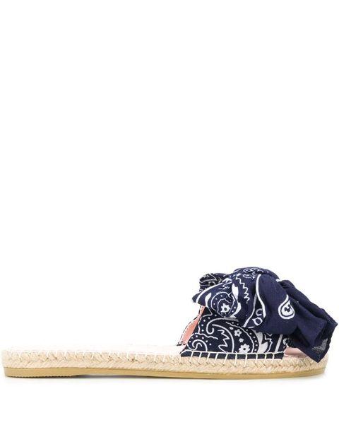 manebi bandana sandaal farfetch trend