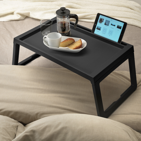 Bandeja de cama negra de IKEA
