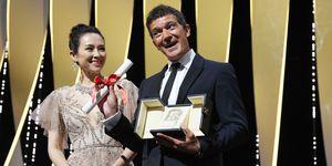 Antonio Banderas recoge el Premio a Mejor Actor en el Festival de Cannes