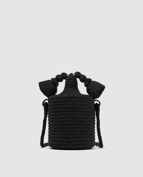 Bolsos de fibras naturales de Zara