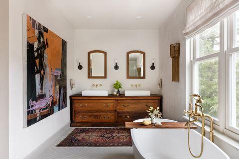 baño de estilo vintage con bañera exenta