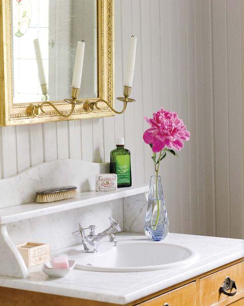 Espejos de lavabo: Marco dorado con velas